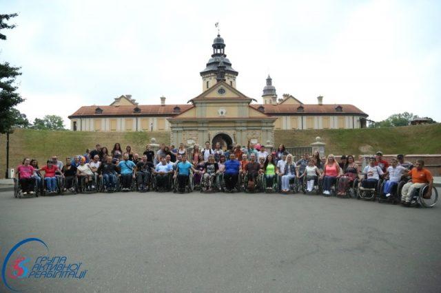 Виїзд в місто Несвеж з екскурсією по території замку Радзивілів