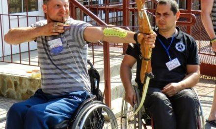 Оніщенко Олександр – Люди витрачають роки на те, що на таборі дають за 2 тижні!