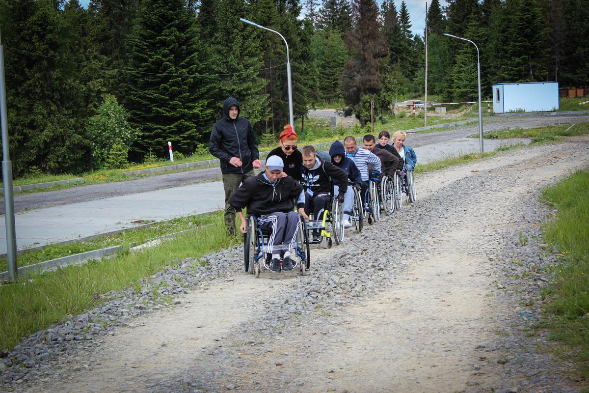 Відпрацювання навичок з техніки їзди по пересічній місцевості під час переміщення між станціями на крос-квесті