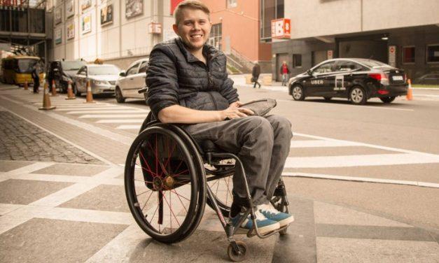 Як це працює. Підтримка і реабілітація людей з інвалідністю
